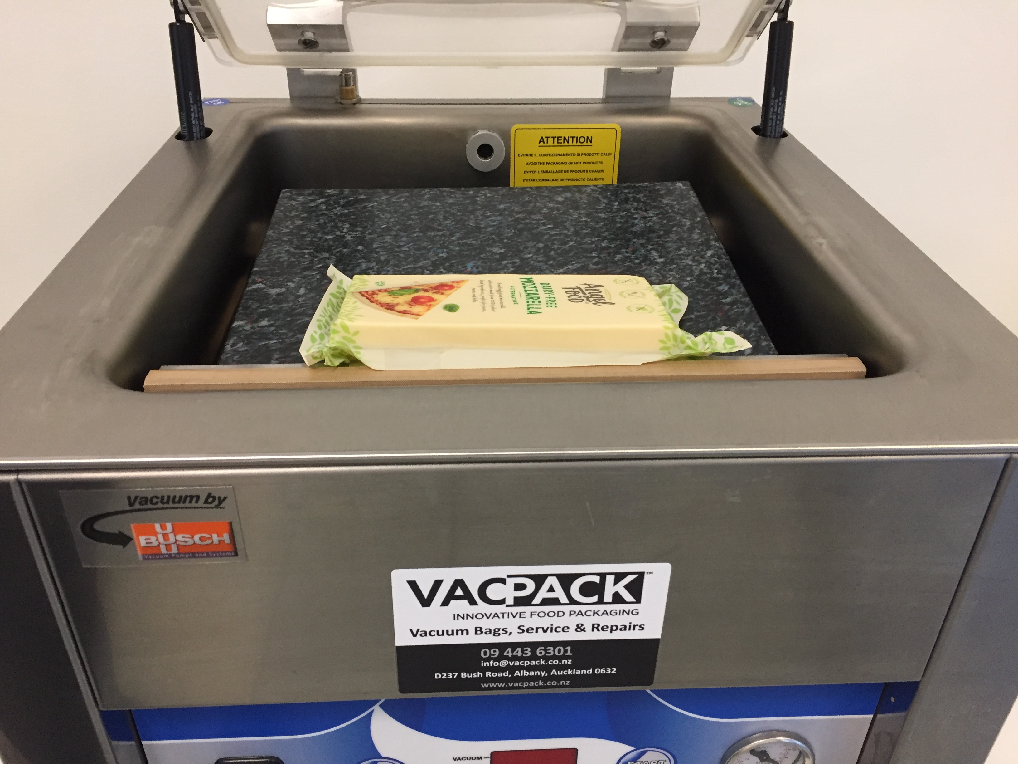 Vacpack vacuum machine